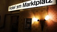 1 10 hotelbunker2