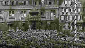 Maikundgebung vor dem Rathaus in Tübingen